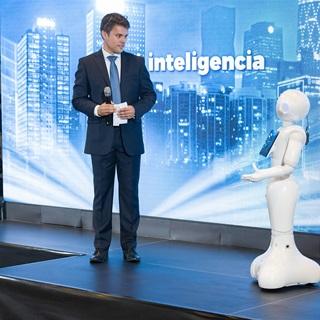 Umelá inteligencia zásadne mení aj bankovníctvo. Zhodli sa na tom účastníci Banking summit 2018